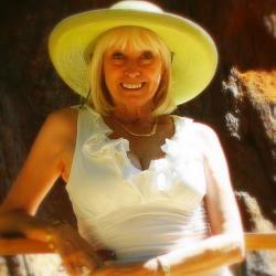 Barbara Davies Net Worth